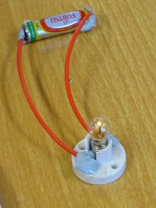 Simple circuits DSC06977