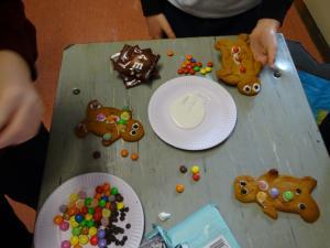 Gingerbread Men 2020 (16)