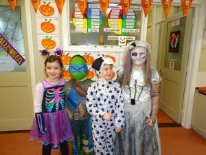 16 halloween costumes (29)
