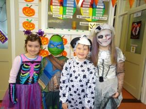 16 halloween costumes (30)