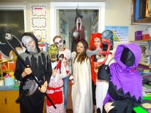 16 halloween costumes (34)