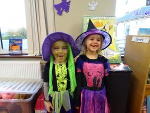 16 halloween costumes (8)