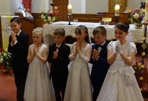 Holy Communion 2017 DSC08033 (20)